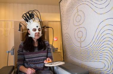 Φορητός σαρωτής καταγράφει την εγκεφαλική δραστηριότητα ενώ ο χρήστης κινείται