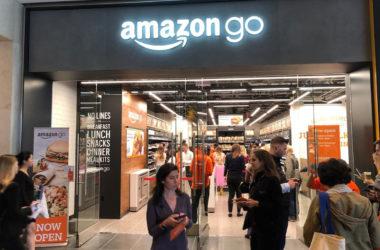 Το δεύτερο Amazon Go της Νέας Υόρκης άνοιξε και έχει έτοιμο μέχρι και τον καφέ σας